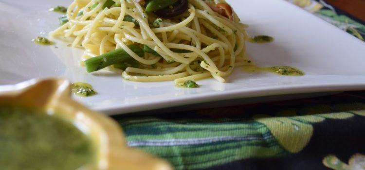 Cómo preparar espaguetis al pesto de queso de Mahón-Menorca